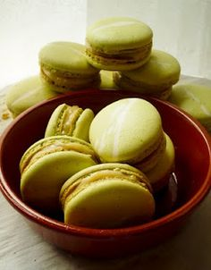 all the macaroon recipes I could possibly ask for!!