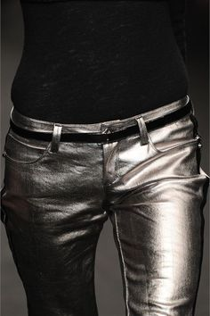 Metallic only when dressed down