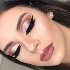 - - Beauty Makeup Hacks Ideas Wedding Makeup Looks for Women Makeup Tips Prom Makeup idea. Makeup Goals, Makeup Tips, Beauty Makeup, Makeup Ideas, Beauty Tips, Teen Makeup, Drugstore Beauty, Makeup Hacks, Makeup Tutorials
