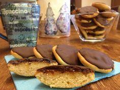 Γεμιστά μπισκότα με μαρμελάδα  και σοκολάτα υγείας (τύπου choco orange)