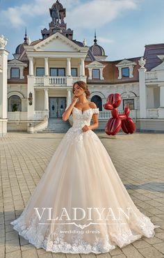 Colectia Vladiyan 2018 – Exterior – Salon Vivianne