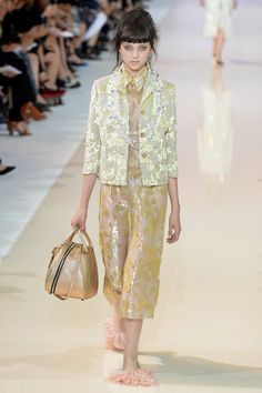 Rochas Spring 2014 RTW. #Rochas #Spring2014 #PFW sheen. luminosity. midi. floral. boxy blazer. gold. gilded. feathered flats.