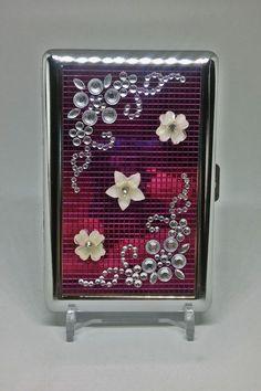 https://s-media-cache-ak0.pinimg.com/236x/71/59/82/715982f4326b1999a11d06ff84fd1ff1--cigarette-case.jpg