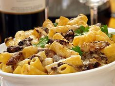 Looking for an authentic Italian recipe? Try Barilla's step-by-step recipe for Barilla® Baked Rigatoni with Porcini Mushrooms & Parmigiano Cheese for a delicious meal! Barilla Recipes, Pasta Recipes, Dinner Recipes, Cooking Recipes, Pasta Meals, Baked Mostaccioli, Baked Rigatoni, Porcini Mushrooms, Stuffed Mushrooms