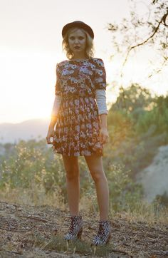Feminine (with a dark side!) #FallTrend #floral #dress