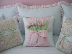 Fabric fabric models 48 Source by Aydanhayal Cute Pillows, Diy Pillows, Decorative Pillows, Throw Pillows, Cushion Covers, Pillow Covers, Sewing Pillows, Silk Ribbon Embroidery, Soft Furnishings