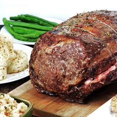Beef Recipes Melt-In-Your-Mouth Garlic Herb Prime Rib Roast Easy Steak Recipes, Grilled Steak Recipes, Roast Beef Recipes, Beef Recipes For Dinner, Healthy Diet Recipes, Rib Recipes, Rib Roast Recipe Crock Pot, Potato Recipes, Yummy Recipes