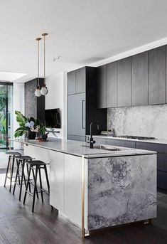 Modern Kitchen design with black cabinets nad marble island and modern kitchen pendants, The Block's Alisa and Lysandra worked their magic with a modern revamp of a heritage home in Melbourne's Albert Park. Luxury Kitchen Design, Interior Design Kitchen, Kitchen Designs, Interior Decorating, Interior Ideas, Home Interior, Interior Architecture, Modern Farmhouse Kitchens, Home Kitchens