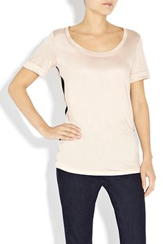 Every wardrobe needs a basic tee, this is our casual sports luxe version. Wear with Zip Detail Jeans and available in Black with Nude trim or Nude with Black trim.