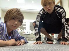 """🐯💓 on Instagram: """". ☪︎⋆。˚ いよいよサマパラオーラスか😭 始まるまではあんなに待ち遠しかったのに、、STARTしたら本当にあっという間だった😭😭 . . . 今日は相方ちゃんと @ykn1415 入ります🥺💗💗!! 何回もお留守番させちゃったから😭久しぶりに一緒に入れるの楽しみ〜🥰 .…"""" Johnny's Web, Teen, Japan, Snowman, Idol, Okinawa Japan, Japanese Dishes, Snowmen"""