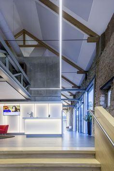 Rabobank, Bocholtz (Netherlands) Rabobank, Bocholtz (Niederland) #luminaire #lighting #beleuchtung #licht #design #büro #office #architecture #architektur
