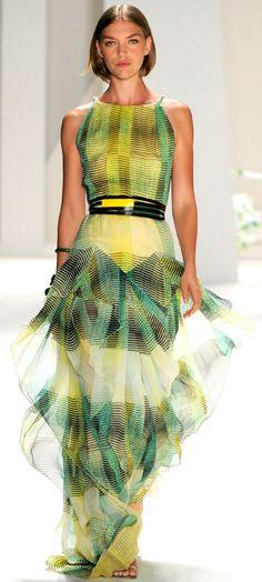 Carolina Herrera Spring 2012 Ready-to-Wear Fashion Show