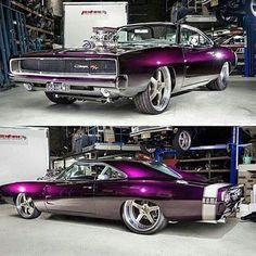 "Custom ""Resto - Rod"" 1969 Dodge ""HEMI"" Charger R/T!.... ;)"