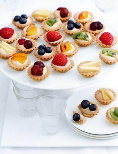 24 Mini Fresh Fruit Tartlets - Marks & Spencer