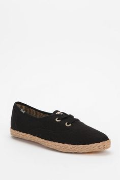 Keds Pointer Linen Sneaker #urbanoutfitters