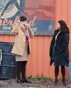 Ginnifer Goodwin and Emilie De Ravin on the set - 4 * 12 - 18 November 2014