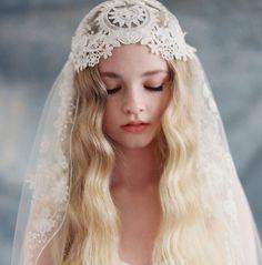 Claire Pettibone Heirloom 'Boho' Veil   Shop the Boho Veil here --> http://shop.clairepettibone.com/products/boho-veil