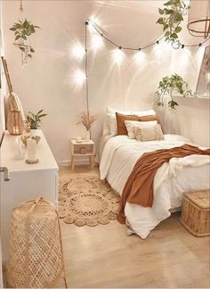 Cute Bedroom Decor, Room Ideas Bedroom, Room Decor Boho, Bedroom Inspo, Bedroom Designs, Cozy Room, Aesthetic Bedroom, Dream Rooms, My New Room