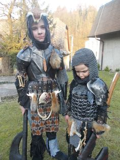 Think youu0027ve seen children at LARP before? Think again! | LARPING.ORG  sc 1 st  Pinterest & Fairly rare full plate child armour | The Fantasy Armoury ...