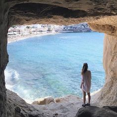 Matala Crete Patras, Dream Vacations, Vacation Spots, Places To Travel, Places To See, Travel Destinations, Santorini, Mykonos Greece, Athens Greece
