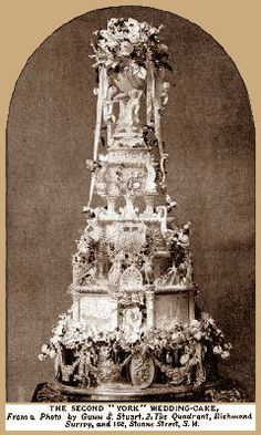 """The Second """"York"""" Wedding Cake weighed 466 pounds."""