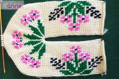 This Pin was discovered by Ner Tunisian Crochet, Crochet Slippers, Models, Diy And Crafts, Crochet Patterns, Cross Stitch, Knitting, Softies, Cross Stitch Designs