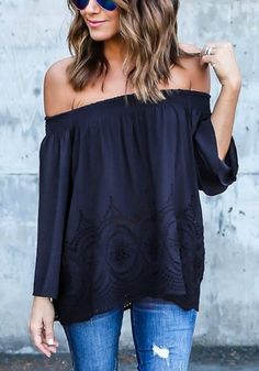 Can't get enough of these off-shoulder tops? Be sure to have this navy blue off-shoulder hollow out hem top in your fall wardrobe.