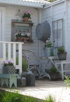 Darling outdoor space full of vintage charm