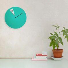 FreakishCLOCK: the Wall-Clock design by Sabrina Fossi