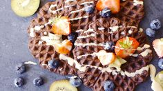 Vegan and gluten-free recipe: Chocolate protein waffles