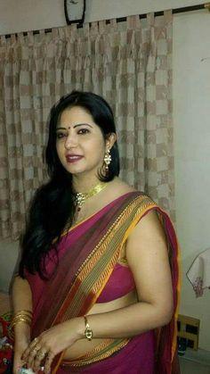 Beautiful Blonde Girl, Beautiful Girl Indian, Most Beautiful Indian Actress, Beautiful Women Over 40, Beautiful Women Pictures, Indian Natural Beauty, Indian Beauty Saree, Beauty Full Girl, Beauty Women