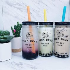 Boba and Milk Tea Bar – Catering for corporate and private event… Dessert Drinks, Fun Drinks, Yummy Drinks, Yummy Food, Desserts, Boba Drink, Bubble Milk Tea, Think Food, Starbucks Drinks