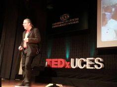 """""""Al igual que a muchos a mis siete años yo soñaba con cambiar el mundo"""" #RafaelVilla #TEDxUCES"""