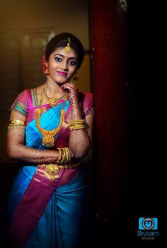 South Indian Bridal Photography Ideas - Best Poses of South Indian Bride Indian Bride Poses, Indian Wedding Poses, Indian Wedding Photography Poses, Photography Ideas, Wedding Photos, Wedding Couple Poses, Photography Couples, Girl Photography, South Indian Bridal Jewellery