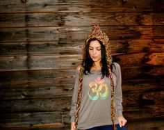 OMBRE OM Raglan Pullover by GrizzyLove on Etsy https://www.etsy.com/listing/169979780/ombre-om-raglan-pullover