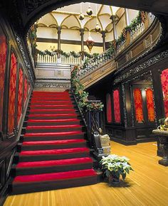Interior of Glensheen Mansion