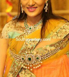 Diamond Emerald Necklace and Waist Belt - Indian Jewellery Designs Indian Jewellery Design, Indian Jewelry, Jewelry Design, Vaddanam Designs, Waist Jewelry, Gold Wedding Jewelry, Bridal Jewelry, Gold Jewelry, Emerald Necklace