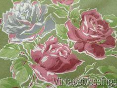 11 1/2 yards! Vintage 30-40s Romantic Roses on Green Fabric Cotton Yardage 35w www.Vintageblessings.com