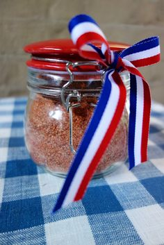 BBQ Seasoning – homemade seasoning for chicken, pork or beef. SO much better than the store-bought stuff! Bbq Seasoning, Chicken Seasoning, Seasoning Mixes, Homemade Seasonings, Homemade Spices, Homemade Bbq, Tailgating Recipes, Barbecue Recipes, Barbecue Sauce