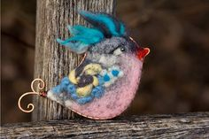 Woolen brooch Pink bird Unique gift to Mothers day, animal fun felt accessory spring trend
