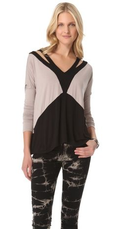 My fave new addison top Cut Out Top, V Neck, Fashion Outfits, My Style, How To Wear, Fashion Design, Oversized Tops, Clothes, Shopping
