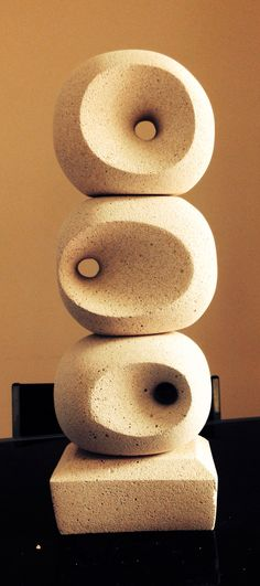 One or two or tree, the eye who sees is always Me in an eternal dream [Trio stack Hebel sculpture]