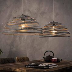 When shopping for a lamp for your house, the options are almost limitless. Get the perfect living room lamp, bed room lamp, table lamp or any other type for your selected area. Design Rustique, Lampe Retro, Best Desk Lamp, Tall Lamps, Luminaire Design, Antique Lamps, Bedroom Lamps, Chandelier, Pendant Lamps