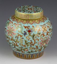 Chinese 18th C. Famille Rose Jar