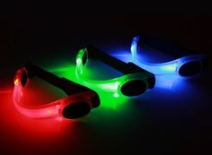 LED Fahrradlampe Spooti, Licht Armband Blinklicht joggen Outdoor Schulweg Kinder Fahrrad Hundehalsband (blau) Spooti http://www.amazon.de/dp/B00I40LSVI/ref=cm_sw_r_pi_dp_ATGfxb0298NV1