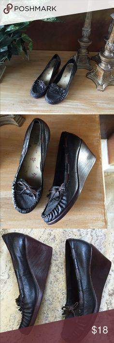 Arizona Jean Co. Leather Shoes Very cute shoes black upper leather in great condition. Very lite wear. Arizona Jean Company Shoes Wedges
