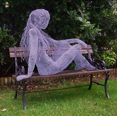 Derek Kinzett, intricate wire sculptures