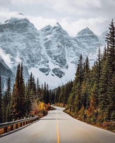***Spectacular view from the road to Moraine Lake (Banff, Alberta) by Tom Parker (@tomparkr) on Instagram