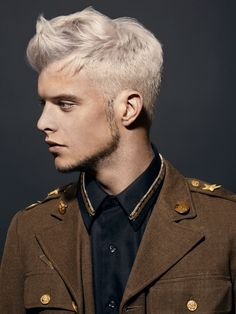 Propuesta Le Salon d'Apodaca. tupé corto white hair blanco hairstyle. #lesalondapodaca