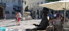 O Chiado foi sempre o grande destino de compras, hoje misturando lojas independentes e cadeias internacionais, sobretudo nas ruas do Carmo e Garrett, e no centro comercial Armazéns do Chiado. Mas é hoje também o grande ponto de encontro da cidade, em cafés como o Fábulas, Royale . Tem ainda os melhores restaurantes de Lisboa, como o Belcanto ou o Largo no Largo de São Carlos, ou ainda o Sea Me ou os vários na Rua Duques de Bragrança, como o Cantinho do Avillez, Pizzaria Lisboa e U Chiado.